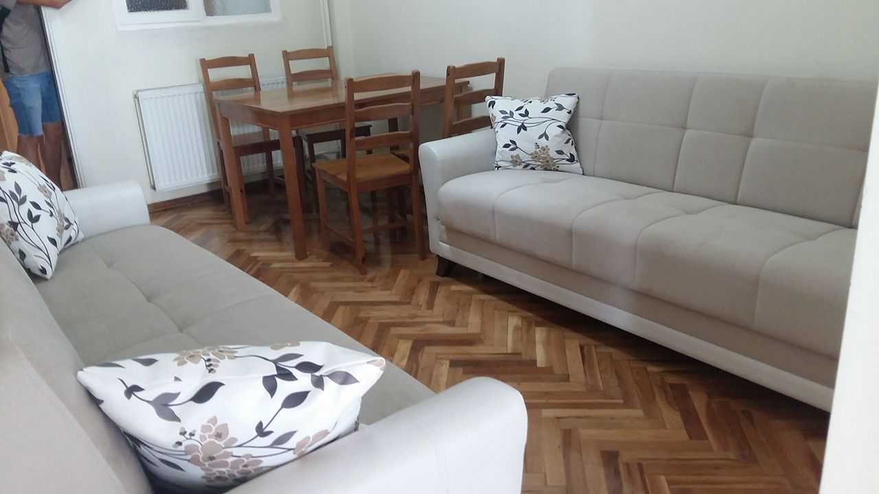 Rooms Available Now!) Flat Code: 59640 – Five Bedrooms, One Living ...